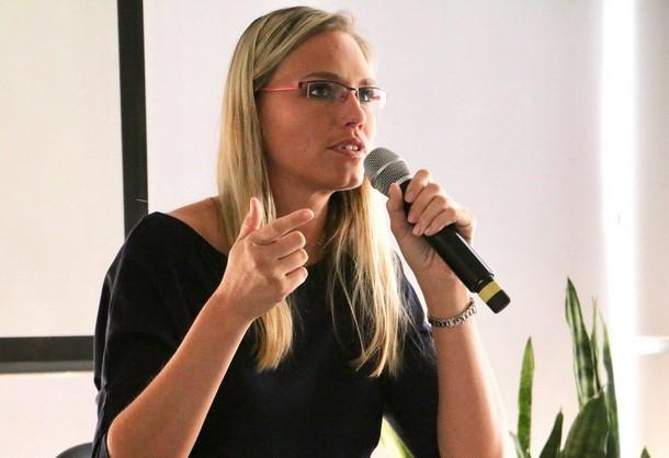 Медіаграмотність має бути системною частиною освіти − чеська експертка Петра Вежводова
