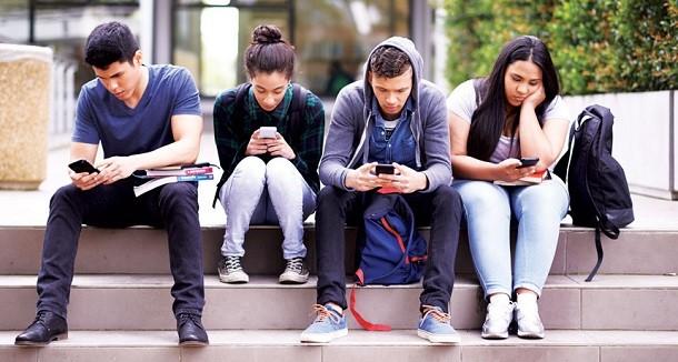 Facebook та Instagram допоможуть контролювати час, який ви проводите в соцмережах