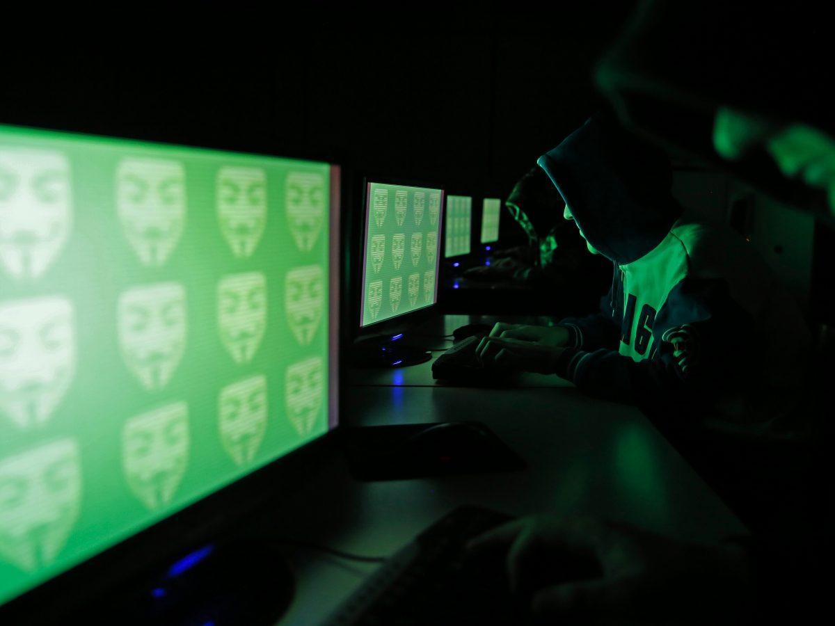 У кількох українських ЗМІ заявили про злам сайтів – хакери розмістили фейкову новину