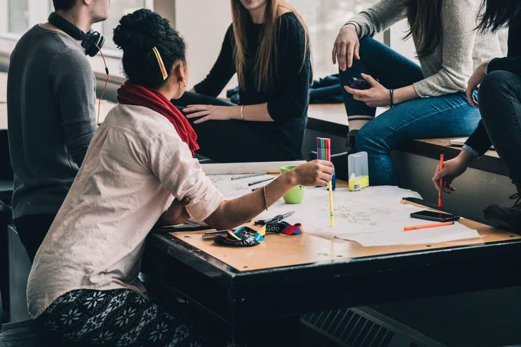 Молоді журналісти не поспішають ставати агентами змін — дослідження