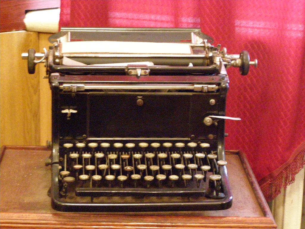 Текст дня: Чому бізнесу і ЗМІ важко знайти людей, які вміють добре писати