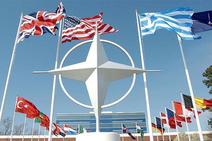 """У НАТО заговорили про ймовірність початку """"великої міждержавної війни"""""""
