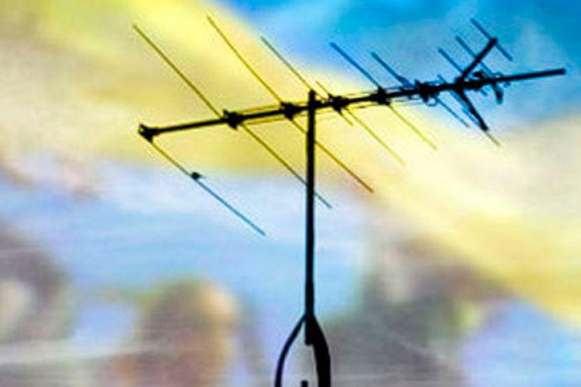 Як телеканали дотримуються мовних квот